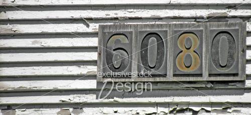 Adresse chiffres métal plaque de bois