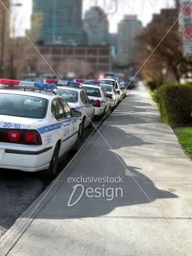Automobiles police côté  poste coeur ville