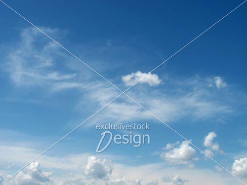 Ciel bleu parfait pour avion transporteur aérien