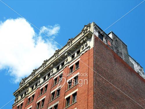 Banque d 39 image coin d 39 immeuble bureau en brique for Immeuble bureau design