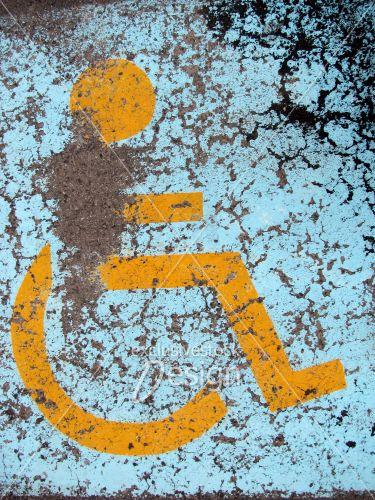 Stationnement réservé personnes handicaper hôpital