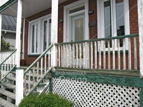 banque d 39 image vieux balcon de maison antique exclusive stock design. Black Bedroom Furniture Sets. Home Design Ideas
