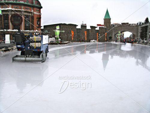 Zamboni faisant glace extérieure Québec